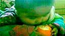 爆笑六个月小孩啃橙子www.tbwstore.com
