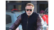 美国著名影星,施瓦辛格遭袭击被飞踢,暂无大碍无意起诉袭击者