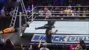 wwe2013年12月13日 The Usos vs. Seth Rollins