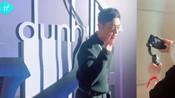-IF时尚-:巴黎,朱亚文亮相 Dunhill 2020春夏男装秀,小背包有点可爱~巴黎男装周#-美拍明星制造第28季-小狐狸227279425