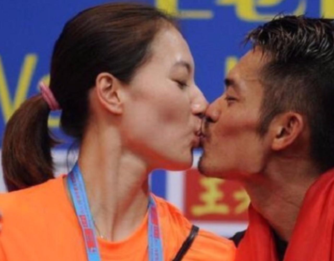 奥运冠军林丹出轨内幕全程曝光,火遍全国!