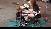美女用架子鼓打出灌篮高手,想起小时候了
