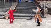 倾世妖颜女一号贡米贡米现场剑舞排练视频走一波很认真的侠女哦
