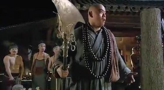 花和尚鲁智深得师父神兵利器,智真长老亲身相授套禅杖法