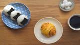 电影《海鸥食堂》肉桂卷&饭团的做法丨绵羊料理