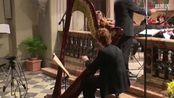 竖琴演奏家安娜·洛罗(Anna Loro)竖琴协奏曲