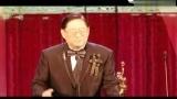 邹文怀为吴思远颁发终身成就奖 视频