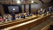 在苹果发布会的一天....... iPhone X!