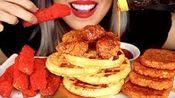 【moxie beast】鸡肉和华夫饼、土豆条、热奶酪薯条、极度松脆、无话可说(2020年2月8日22时41分)