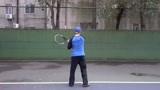 对墙连续拉球200次难吗 南昌乐享网球正手雨刷练习实拍