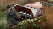 打黑风暴:破桑塔纳,后备箱全是枪,当大哥真得有点东西