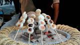 """日本街头小吃""""糖葫芦"""",一串21元,食客:想吃早点来"""