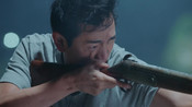 《极速青春》路杰河中被鳄鱼攻击 救他的竟是刚和他发生争吵的人