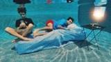 双胞胎兄弟又来作妖了,在水下生活24小时,就看能作到几时?
