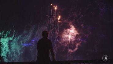 实拍亚洲第一音乐喷泉秀,7秒变百种色彩和造型,燃爆了!