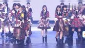 日本春晚:红白歌会AKB48登场,活力四射,麻友友激动流泪
