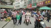广西:宾阳甘棠镇圩日实拍、街头巷尾人头涌动、人们其乐融融