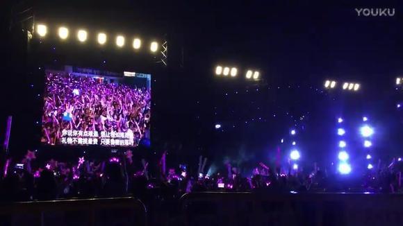 周杰伦深圳演唱会,ending歌曲换成了《告白气球》