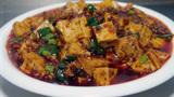 大厨教你麻婆豆腐正宗家常做法,一看就会,香辣过瘾看着都流口水