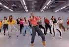 DJ阿福:一首代青塔娜火爆歌曲《寂静的天空》,循环播放!