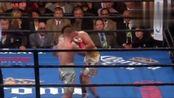 胡狼弗兰普顿最辉煌的一战,12回合打破拳王科鲁兹不败战绩