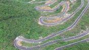 """贵州公路, 自驾者的天堂, 纯天然的""""世界一级方程式F1赛道"""", 沿途的风景美不胜收"""