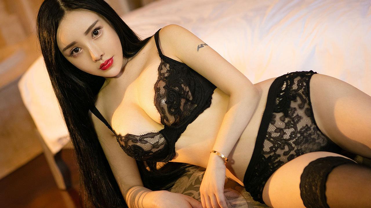 蛇精美人杨子芯透视蕾丝又湿身诱惑至极