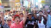 假奥巴马来到时代广场 群众疯狂了