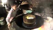 农村留守儿童4岁就会做饭,父母外出打工4年杳无音讯,他毫不知情!
