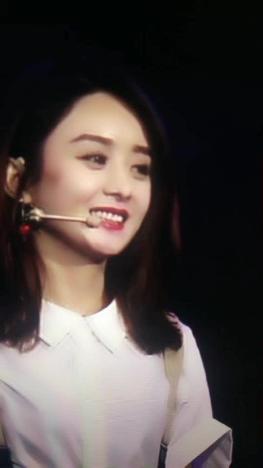 赵丽颖在讲自己的梦想