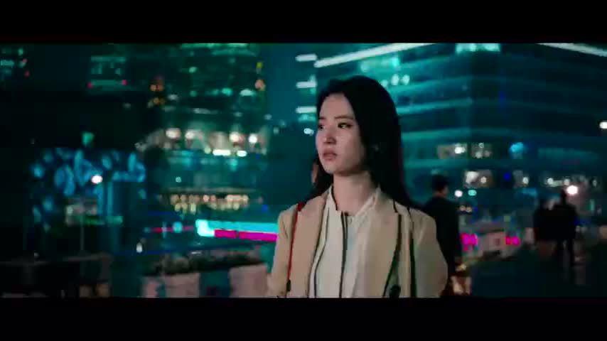 刘亦菲回忆过往点滴难释怀