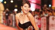 第46届台湾金钟奖红毯:琇琴黑色低胸礼服亮相