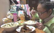 何伟丽之糖醋排骨,豆腐汤,炒大白菜1104【处女座的吃货】中国吃播,国内吃播,何伟丽投稿吃出个未来·吃饭直播,大吃货爱美食,大胃王,减肥,美食人生,吃饭秀