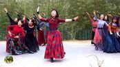 紫竹院广场舞《草原情》,杜老师领舞,变队形
