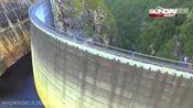 吊炸天!世界记录最高投篮!126.5米的大坝上