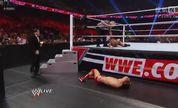 WWE 20130617:CM朋克 vs 阿尔伯托·德·里奥