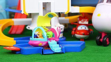 小可爱扭蛋 squinkies 帽子戏法 小飞机玩具 购物小能手