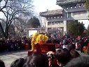 2012年千佛山相亲会正门前耍狮子