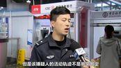 ATM取钱忘拔卡遭盗刷 民警人海中苦守揪出嫌疑人