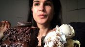 【a//eri eats】巧克力蛋糕、冰淇淋