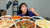 趣味吃美食:吃美味鲭鱼 奶油虾 糖醋排骨