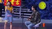 阿力普和闫妍在合唱的时候深情对望,一脸微笑当众撒起了狗粮!