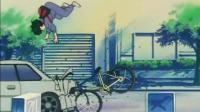 灌篮高手: 流川枫的自行车质量真是好, 撞成那样了还能骑!