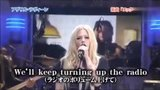 猴姆独家 艾薇儿日本现场联唱热单Girlfriend和Rock N Roll!