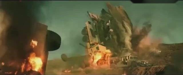 《红海行动》子弹炮火舰艇比起全是特效的好莱坞好看不知多少倍