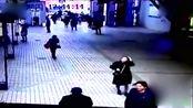 重庆武隆发生5.0级地震 面馆老板曝食客逃单