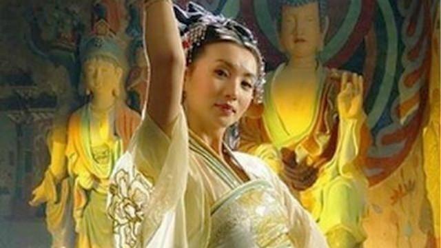 方文山的词,刀郎的曲,陈好的飞天舞,穿越千年的沧桑走近大敦煌