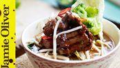 英国厨师做中餐Jamie Oliver牛肉汤食谱Beef Noodle Soup Jamie's Money Saving Meals (2013)