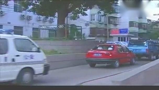 《重案六组》罪犯引起公愤,出租车司机停止载客追捕罪犯
