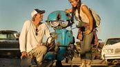 《变形金刚5》IMAX预告特辑  马克·沃尔伯格惊险飞车